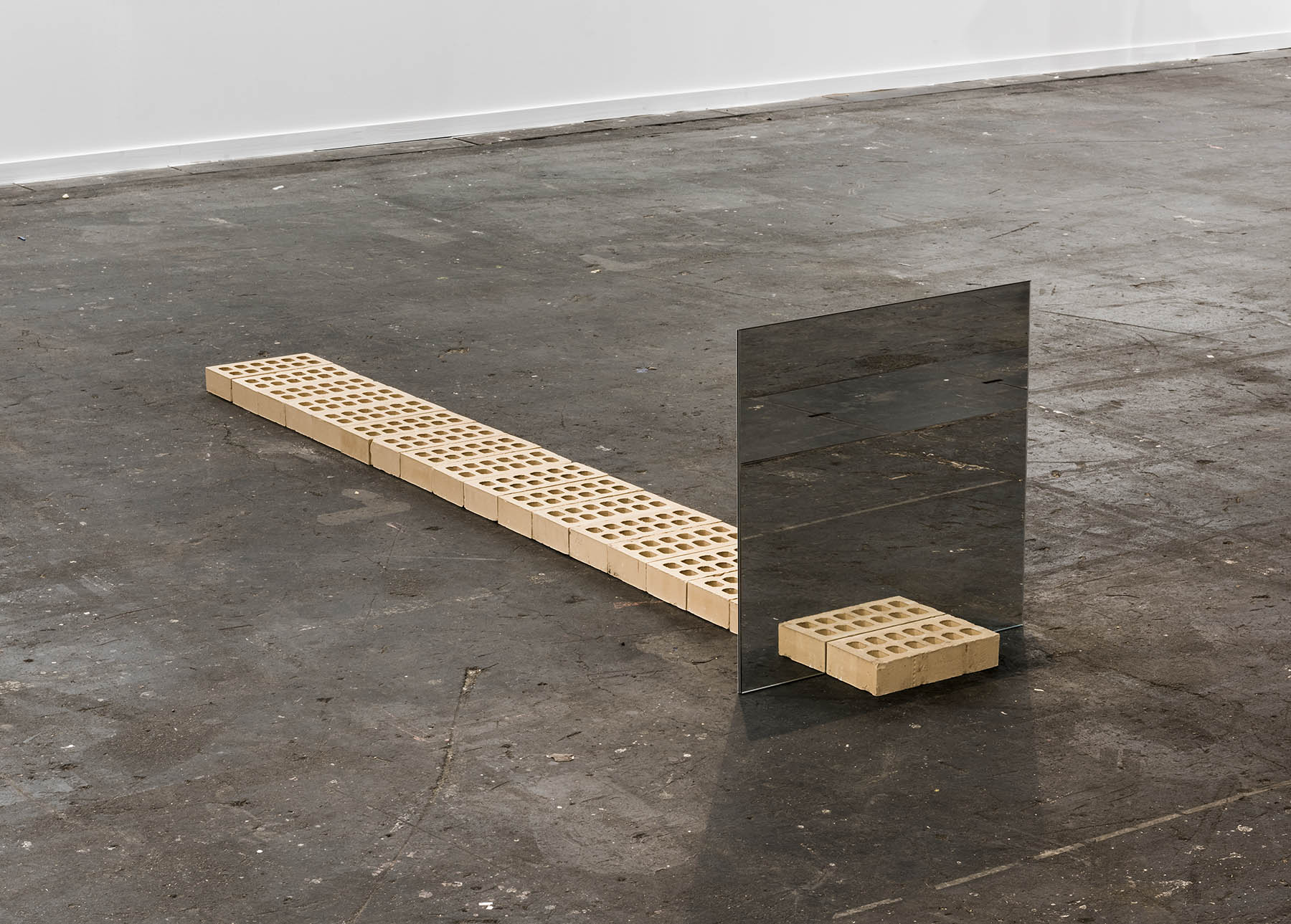 Ding Musa, Finito after Carl Andre, 2015